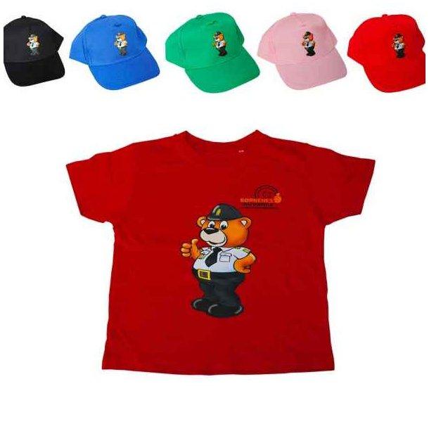 Bamse Betjent, Cap + rød t-shirt.